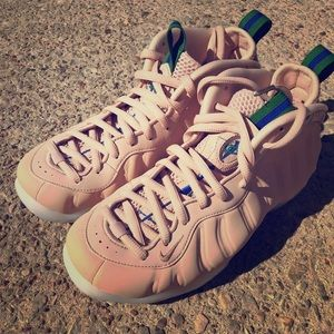 Nike FoamPosite Particle